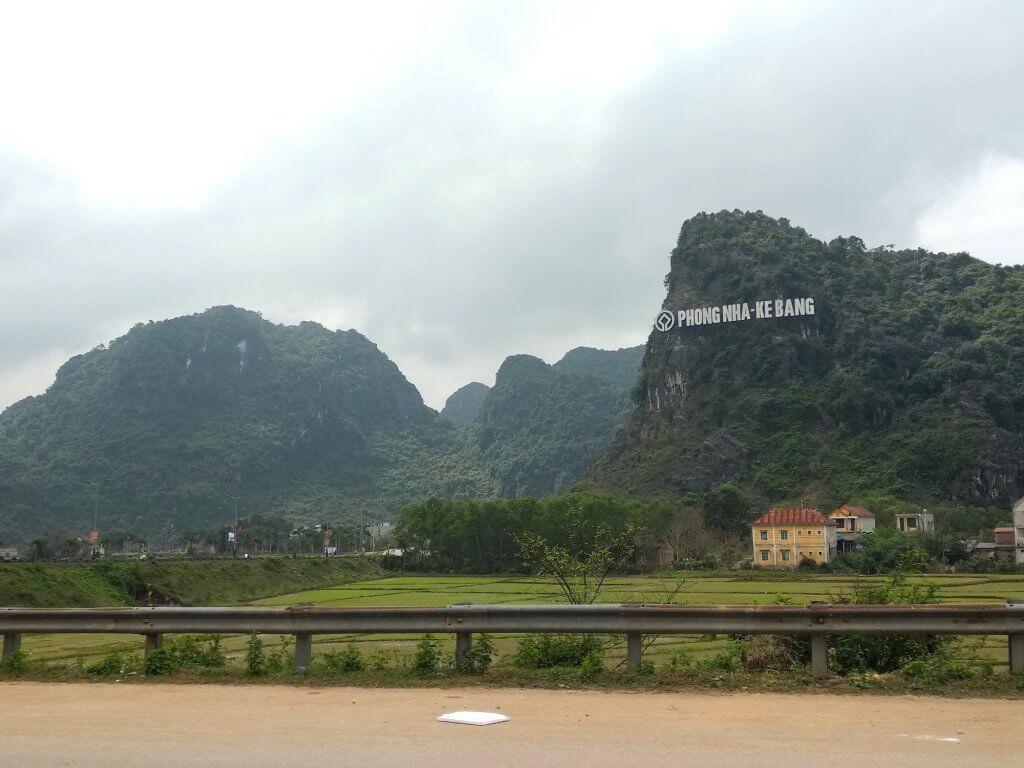 wietnam azja podróże paradise cave